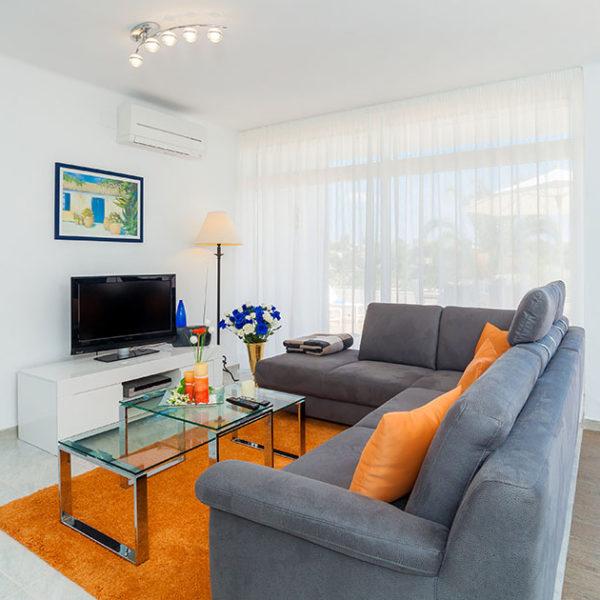 Fotografía Profesional para alquiler vacacional - Fantástico apartamento frente a Cala Mandia